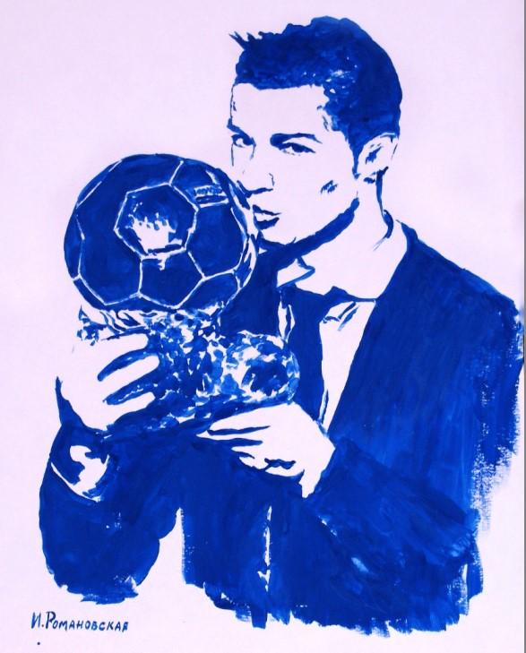 Роналду сзолотым мячом нарисовали ипоздравили грудью